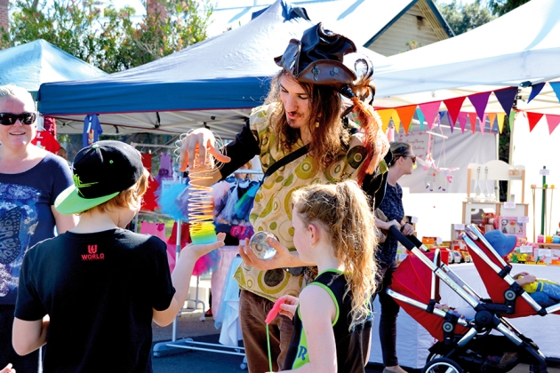 LiveLighter Serpentine Jarrahdale Community Fair (L)